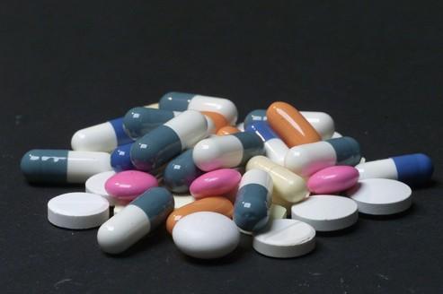 France : en 2012, les ventes de médicaments reculeront