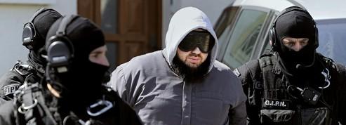 La garde à vue des islamistes arrêtés a été prolongée