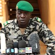 Islamistes et Touaregs progressent au Mali