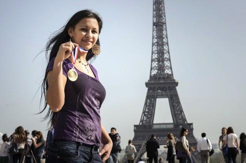 Cristina Dimitru, 18 ans, lauréate du concours des meilleurs apprentis de France, le 29 mars 2012 à Paris