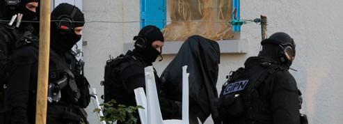 Coup de filet anti-islamiste : 17 personnes en garde à vue