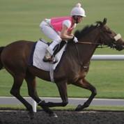 Une femme jockey dans une course à 10 millions