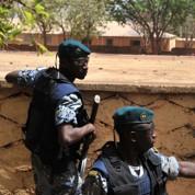 Paris conseille de quitter le Mali