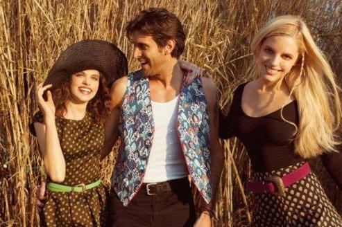 Les tissus de Souleiado sont inspirés des cotonnades aux couleurs vives arrivées d'Inde.