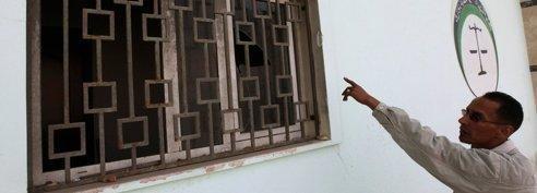 Libye : les milices s'attaquent<br/>au pouvoir et � l'ONU
