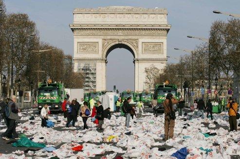 Le marathon en tête des manifs les plus sales de Paris