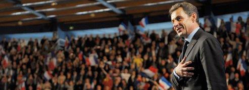 Sarkozy en appelle à la majorité silencieuse