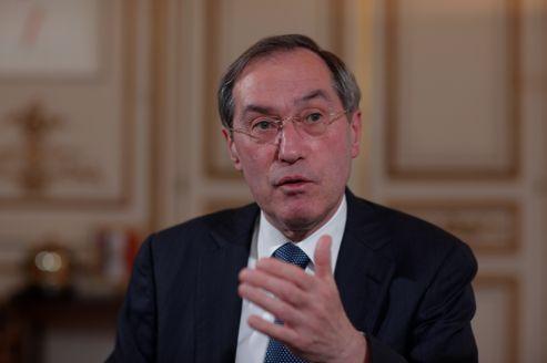 «Les gens me disent que la présidentielle est plus décisive que jamais. Ils savent que nous avons vécu des années de crise intense et que cette crise rôde toujours autour de nous», assure Claude Guéant.