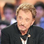 Johnny Hallyday sur le plateau de l'émission «Le Grand Journal» sur Canal + à Paris, le 28 mars 2011.