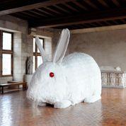 De l'art contemporain dans les palais