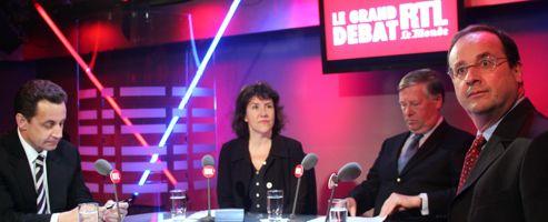 Nicolas Sarkozy en François Hollande lors de leur quatrième débat en 2005.