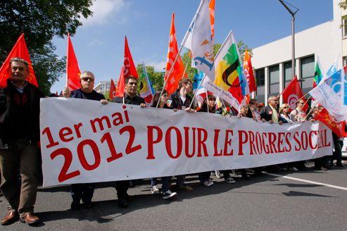 Des milliers de personnes ont commencé à défiler mardi à travers toute la France pour dire non à l'austérité imposée selon eux par l'Union européenne.