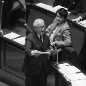 1981 : l'Assemblée vote pour la décentralisation