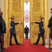 Poutine renoue avec le faste