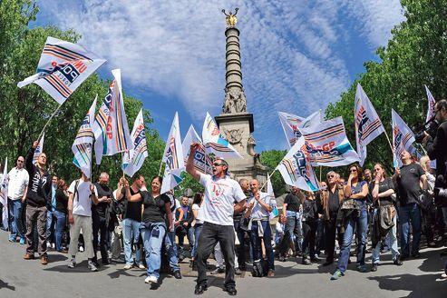 Manifestation des policiers, jeudi, place du Châtelet, à Paris. C'est un malaise général<br/>qui s'exprime aujourd'hui sur les conditions d'exercice d'un métier de plus en plus exposé.