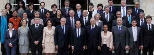 Les ministres ont signé une charte de déontologie