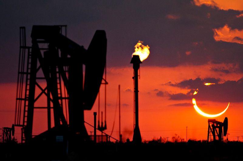Mince anneau de soleil à Odessa, au Texas.