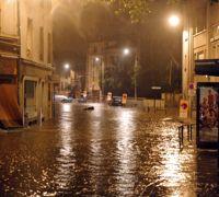 Une rue inondée dans la nuit de lundi à mardi à Villers-les-Nancy.