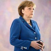 Merkel aborde le sommet de Bruxelles affaiblie