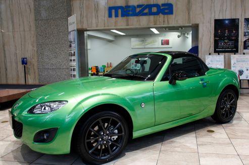 mazda va produire un cabriolet sportif pour alfa romeo. Black Bedroom Furniture Sets. Home Design Ideas