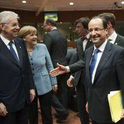 Hollande rode sa méthode face à Merkel
