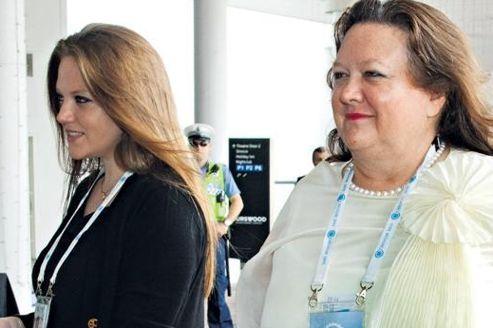 L'Australienne Gina Rinehart (à droite sur la photo), héritière de l'empire minier Hancock Prospecting, brasse une fortune personnelle estimée à 22,6 milliards d'euros. Crédit photo: Ron D'Raine.