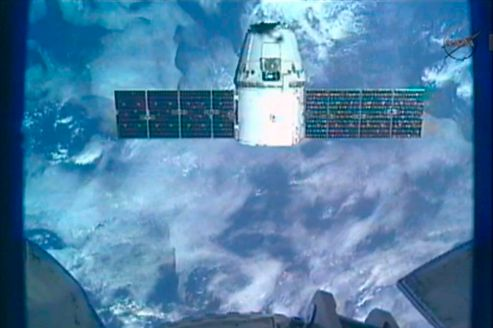 La capsule Dragon a rejoint la Station spatiale internationale