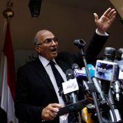 Égypte : le duel Chafiq-Morsi s'annonce très serré