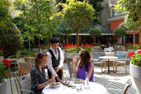 Les nouvelles terrasses de l'été 2012 à Paris : Il Carpaccio au Royal Monceau