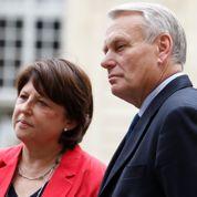 En campagne, Ayrault et Aubry jouent l'unité