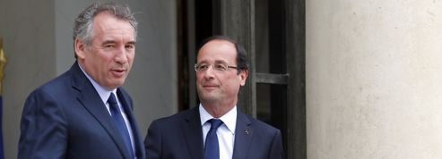 Bayrou se veut «interlocuteur libre» face à Hollande