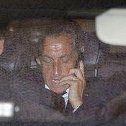 Sarkozy s'installe dans ses nouveaux bureaux