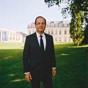 Portrait de Hollande : les drapeaux dérangent