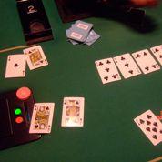 Une partie clandestine de poker démantelée à Paris