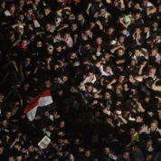 La place Tahrir dans le doute sur Moubarak