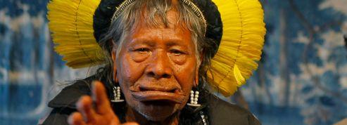 Hollande rencontre le «Mandela de l'Amazonie»