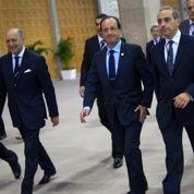 François Hollande ajuste le gouvernement