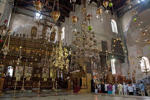 L'église de la Nativité, lieu de naissance de Jésus, est l'une des plus anciennes et des plus belles églises du monde.