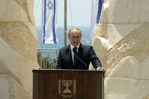 Vladimir Poutine a inauguré, lundi à Netanya, un monument à la mémoire des soldats de l'Armée rouge tombés contre l'Allemagne nazie pendant la Seconde Guerre mondiale.