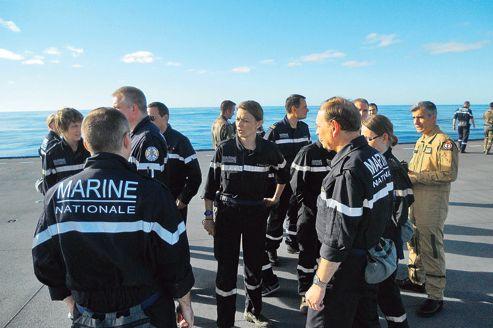Quand les cadres se forment sur un navire militaire