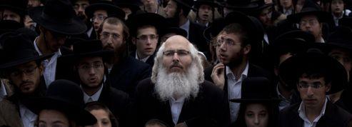 Israël : les ultra-orthodoxes défilent contre le service militaire obligatoire