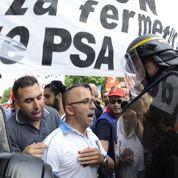 Montebourg fait pression sur PSA
