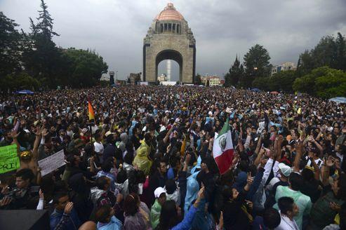 Mexique: Pena Nieto promet des réformes