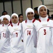Footballeuses voilées: haro contre la Fifa