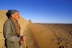 Théodore Monod en 1994. «Le désert, c'est la nature, sans l'homme, telle qu'elle était avant lui, non défigurée.»
