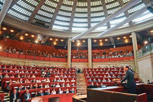 François Hollande dans l'hémicycle du Conseil économique, social et environnemental (Cese), lors de son discours d'ouverture de la «Grande conférence sociale», lundi matin.