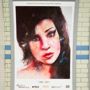 Winehouse s'affiche dans le métro londonien
