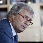 Bolloré tire 915 millions d'euros d'Aegis