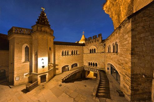 Le sanctuaire de Rocamadour fêtera son millénaire l'an prochain du 25 mars au 8 décembre 2013.