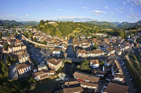Saint-Jean-Pied-de-Port, à la croisée des chemins de Navarre